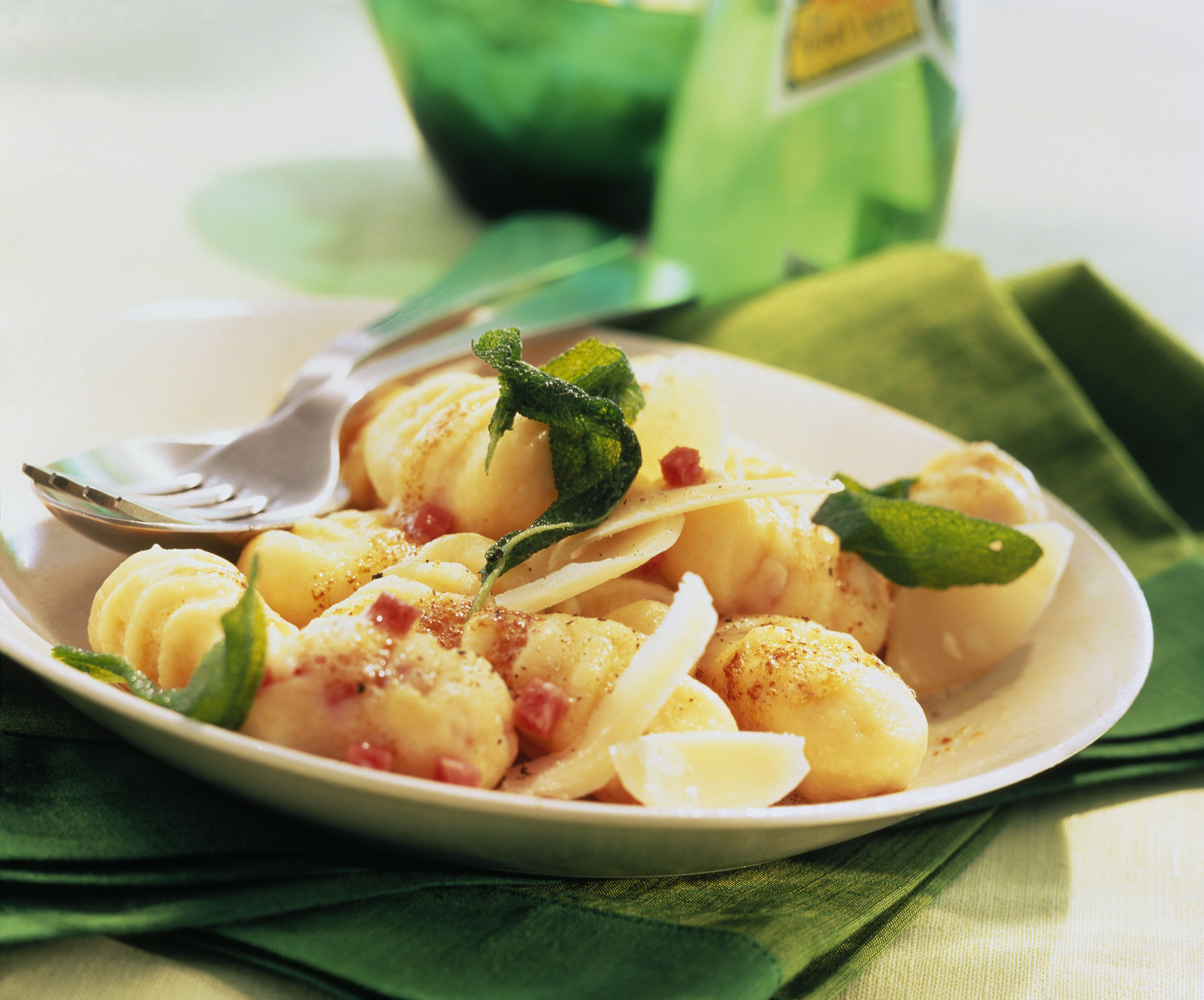 recipe image Salami-Gnocchi in Salbei-Butter